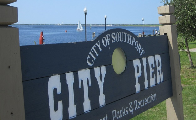 waterfront area boats and restaurants Southport NC