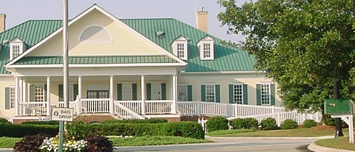 Clubhouse at Winding River Plantation